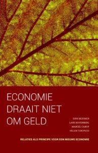 kaft van 'de economie draait niet om geld'