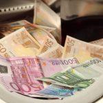 Criminalisering van Contant Geld Drijft de Consument in de Datafuik van de Banken